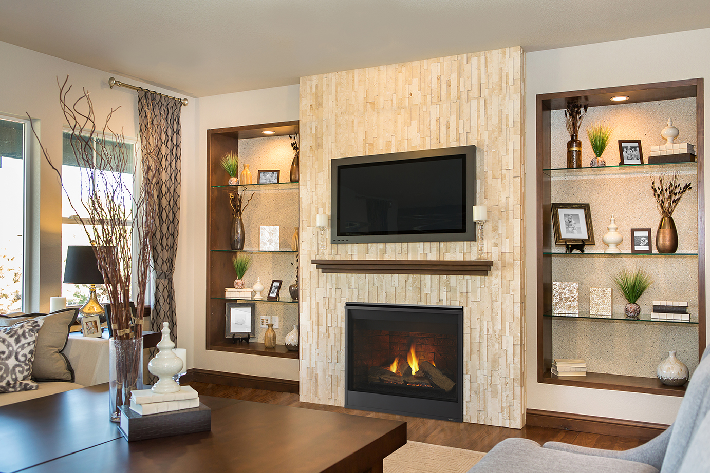 Majestic 36 Meridian Direct Vent Fireplace