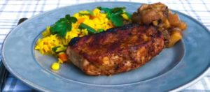 grilled pork chops with chunky apple sauce