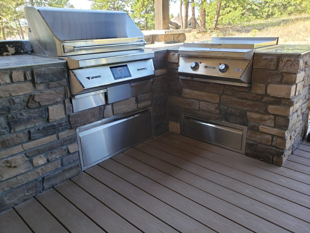 custom barbecue island